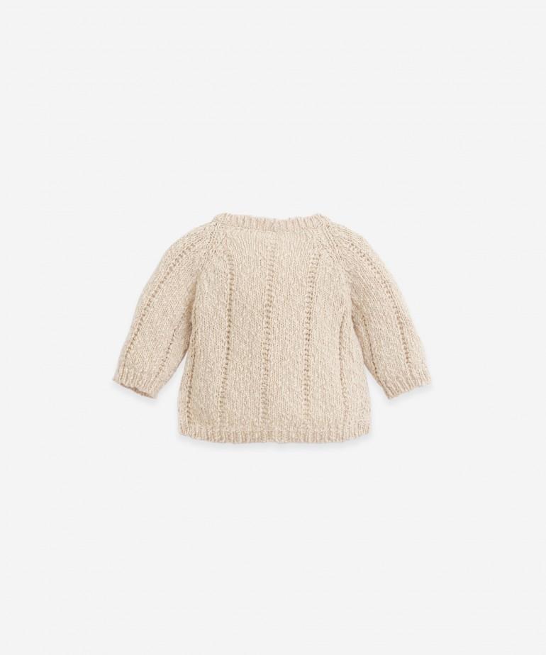 Casaco tricot com botões de madeira
