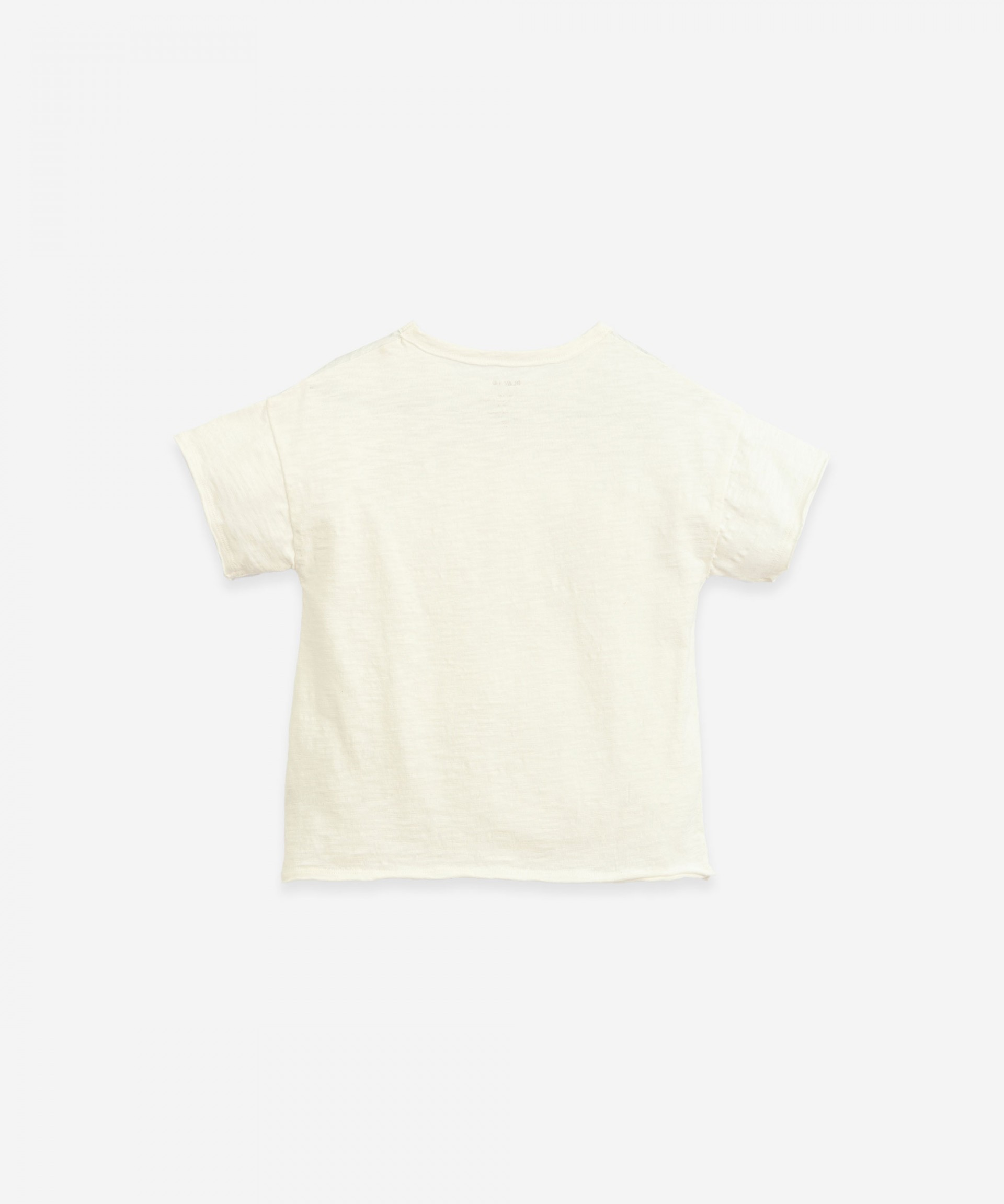 T-shirt with woven application | Botany
