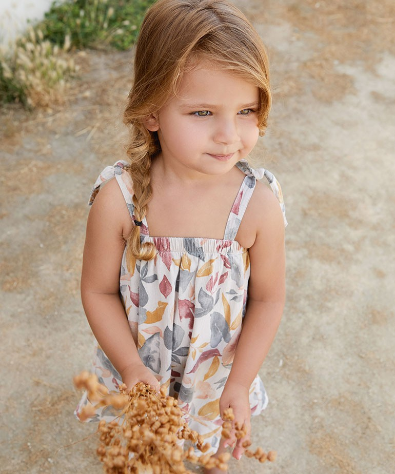 Dress with leaf print