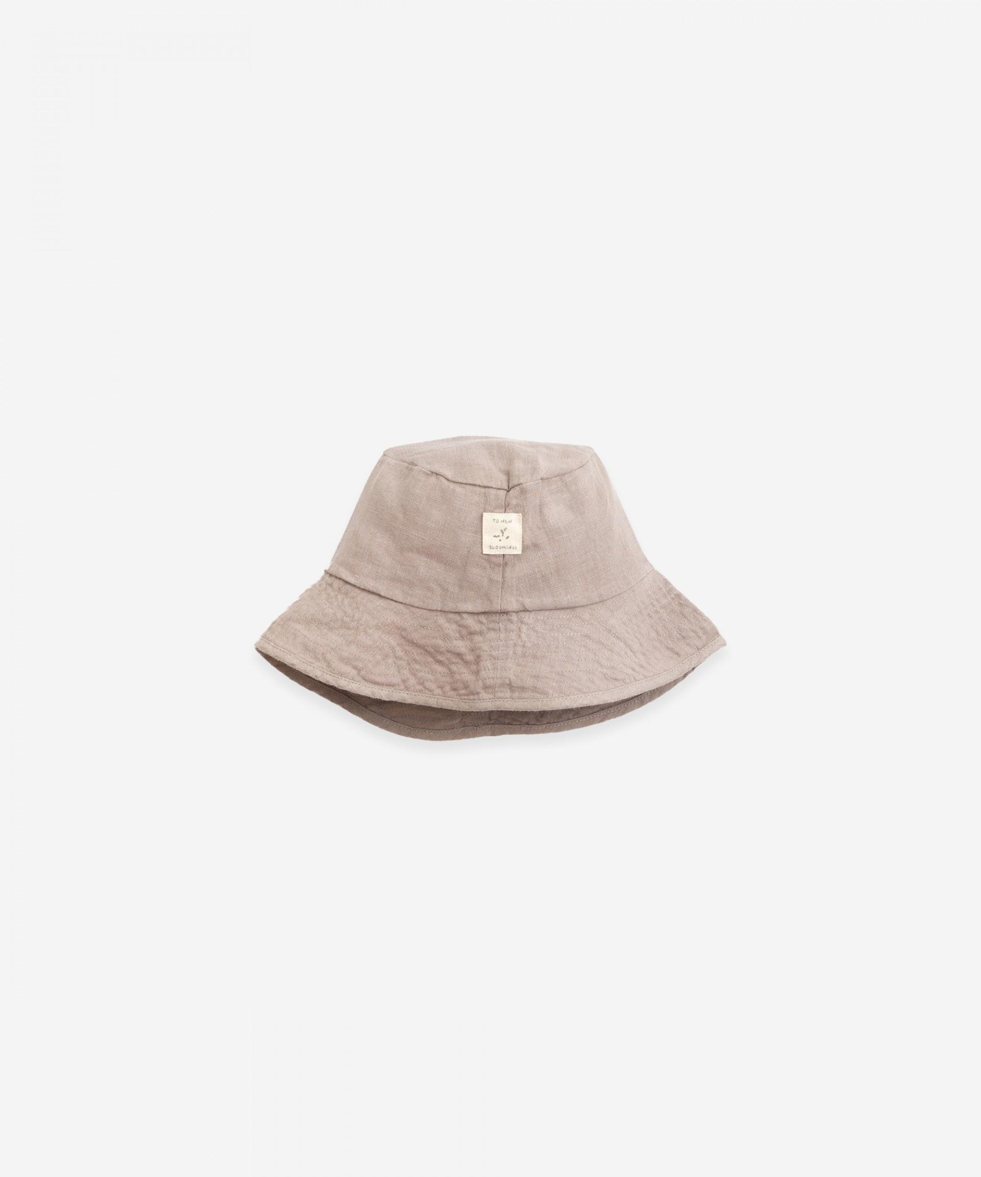 Chapéu de linho com aba grande | Botany