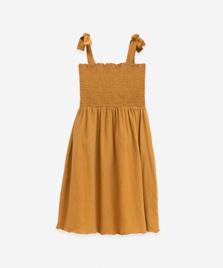 Vestido de algodón orgánico y lino
