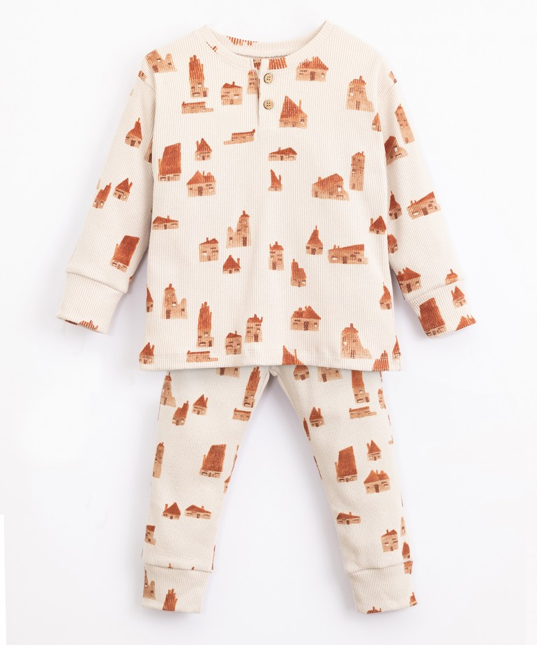 Pyjamas in organic cotton and recycled cotton