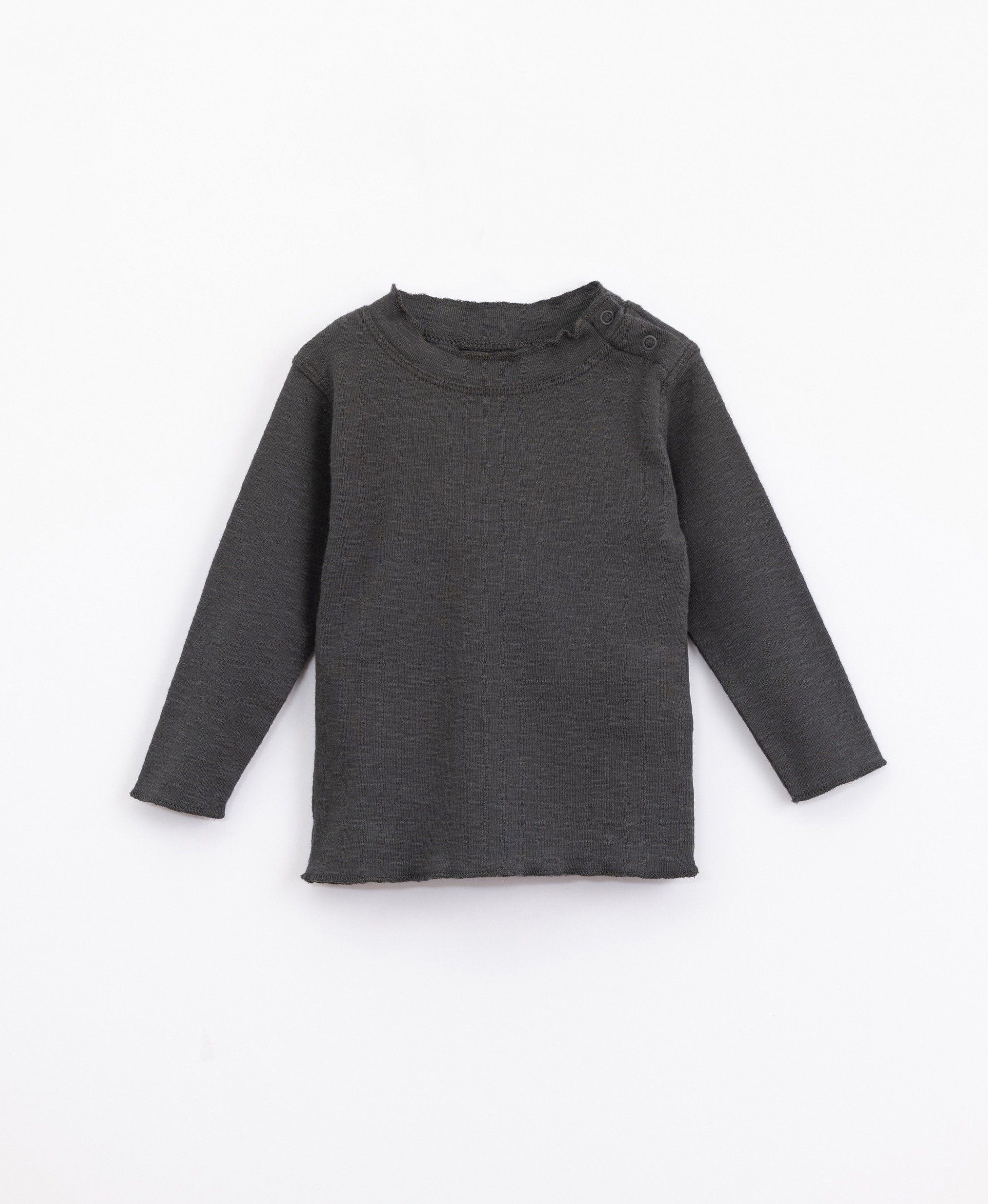 Jersey with roll-neck | Illustration