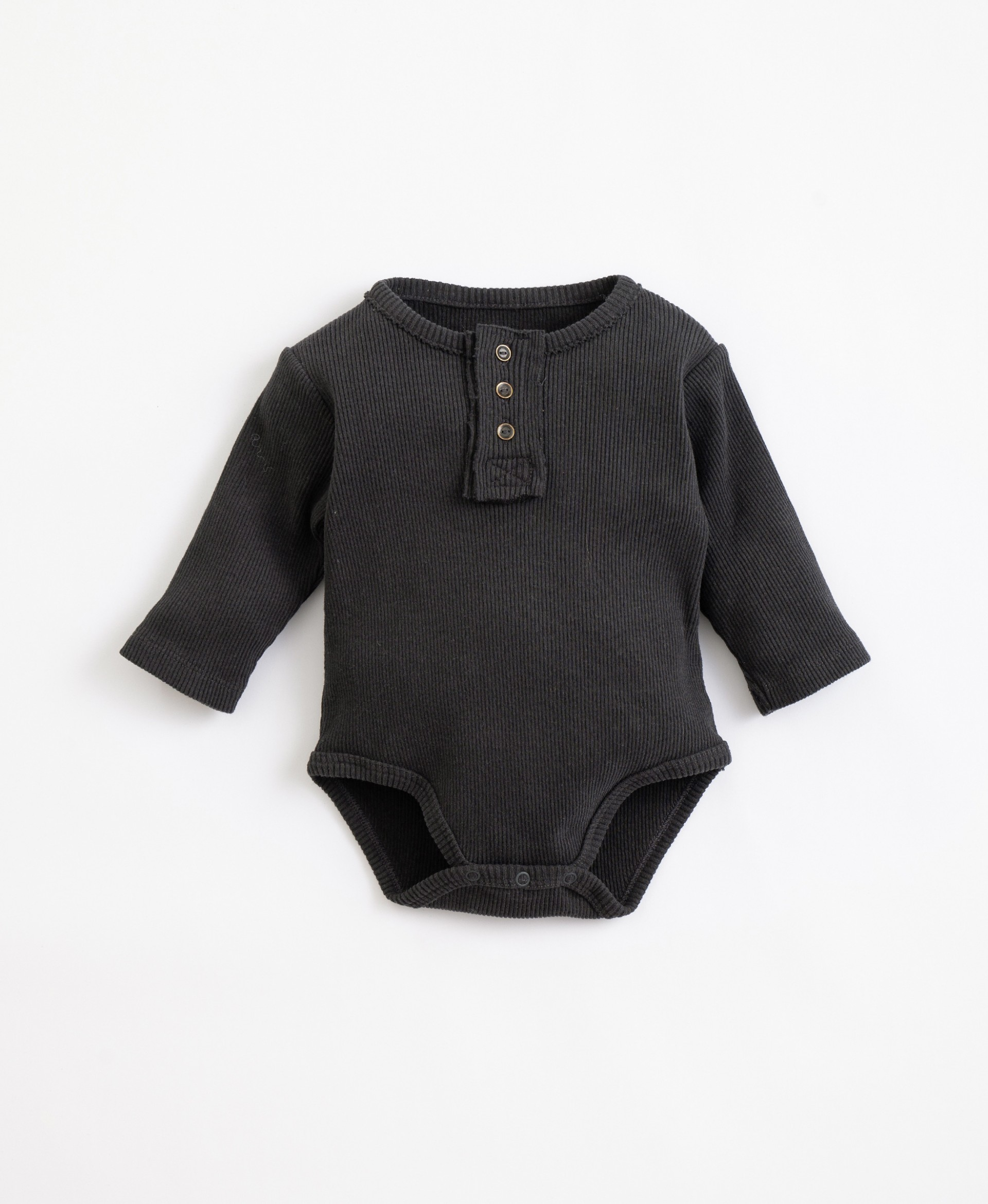 Body in mixture of cotton and organic recycled cotton| Illustration