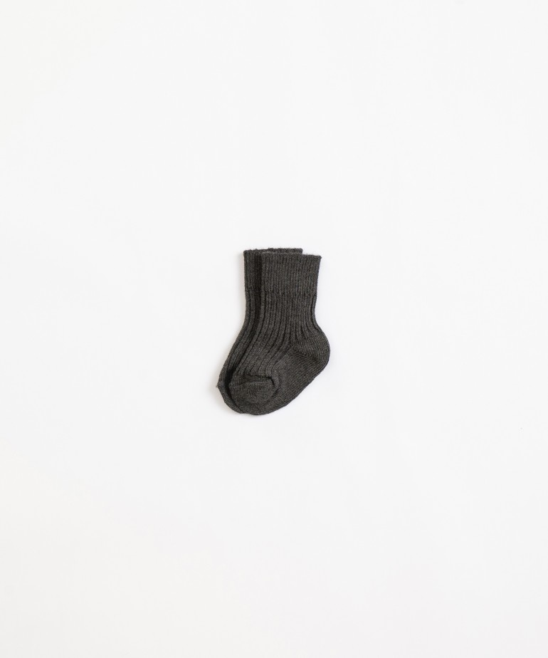 Socks with recycled fibres