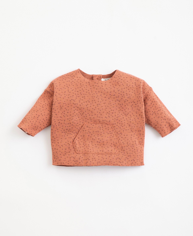Jersey con patrón de algodón orgánico   Illustration