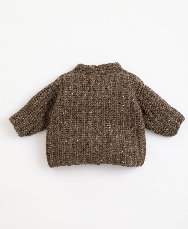 Chaqueta tricotada con fibras recicladas | Illustration