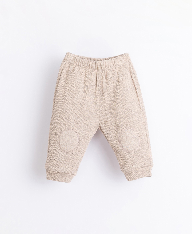 Pantaloni con inserto sui ginocchio | Illustration