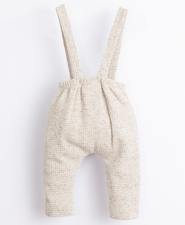 Calça em fibras recicladas e algodão | Illustration