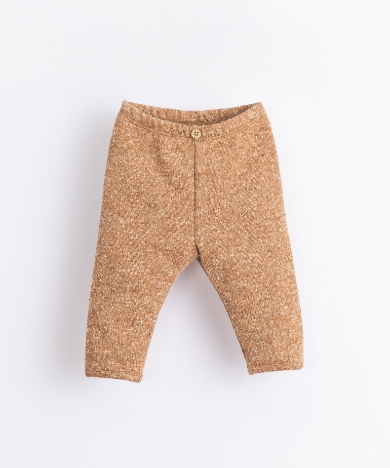 Leggings with recycled fibres