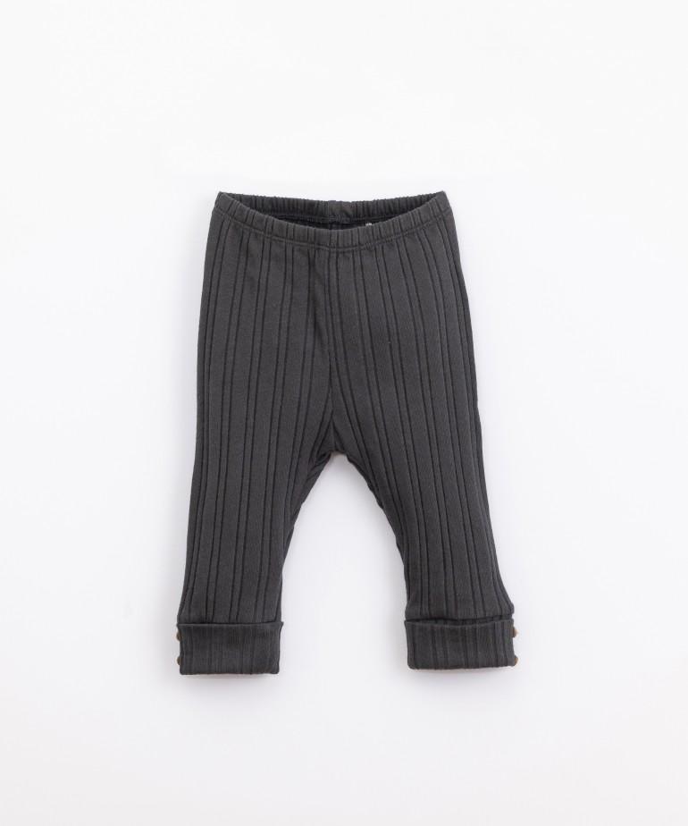 Leggings acanaladas con dobladillo en los puños