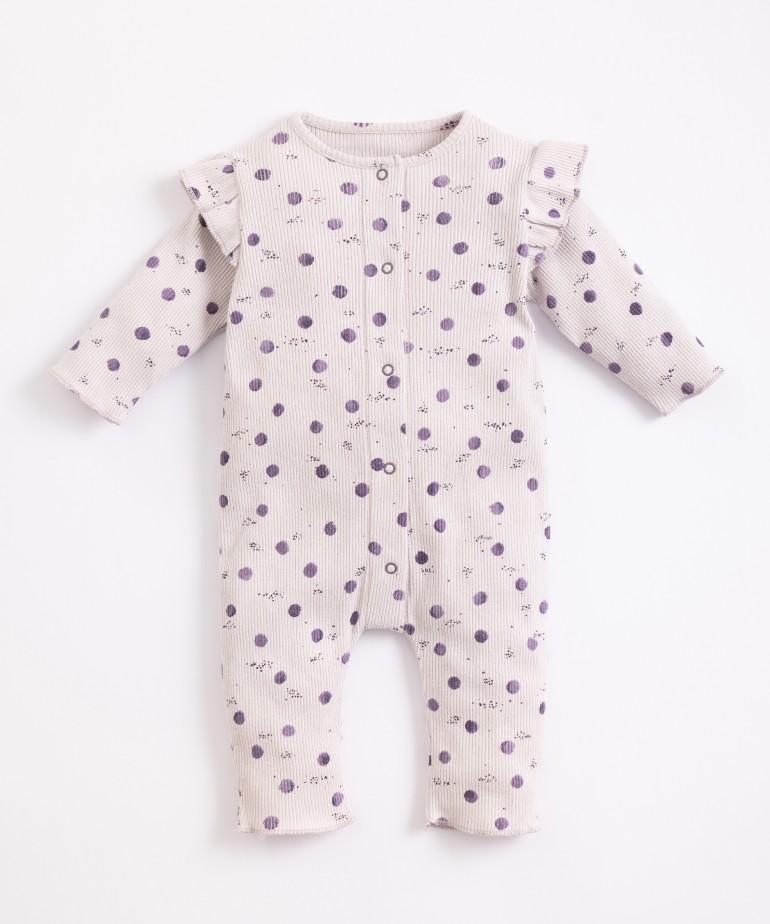 Pijama con abertura de corchetes