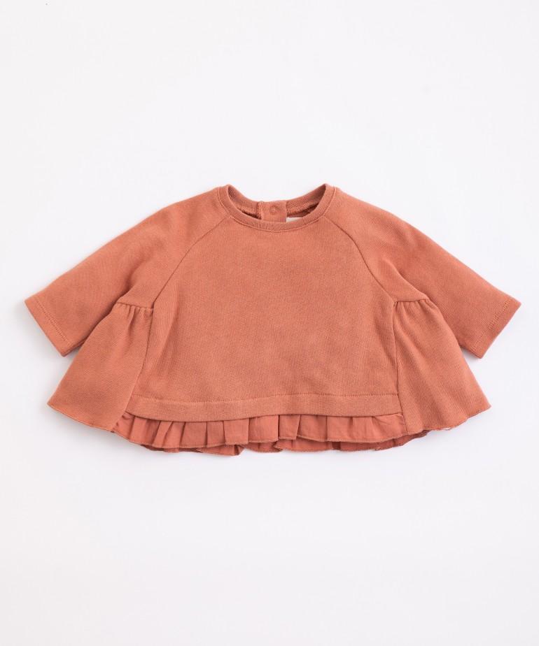 Camisola de malha com encaixe de folho