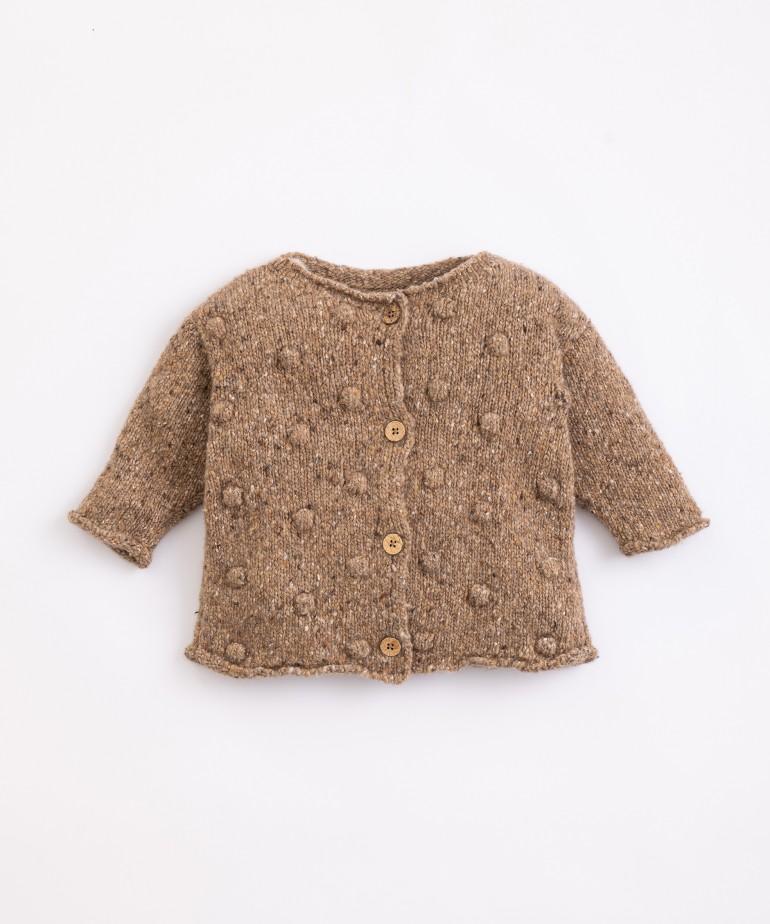 Casaco tricot com botões de coco