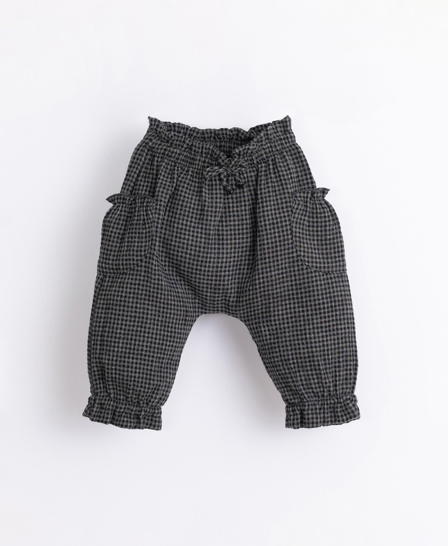 Pantalón con patrón vichy | Illustration