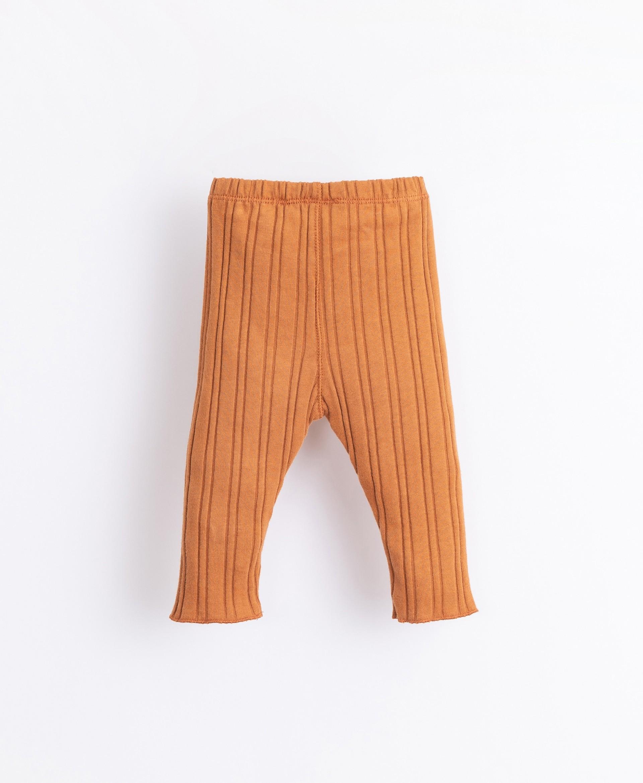 Leggings con fibre riciclate | Illustration