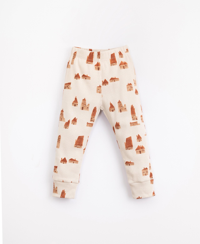 Pijama com estampado de casas | Illustration