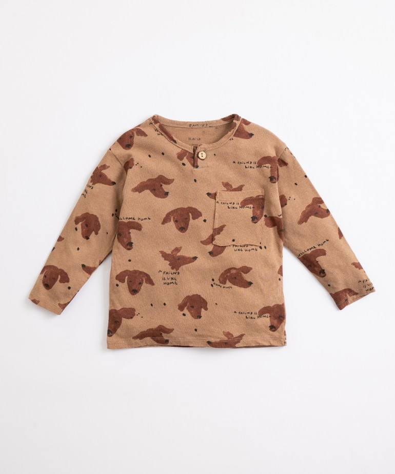 T-shirt with dogs print