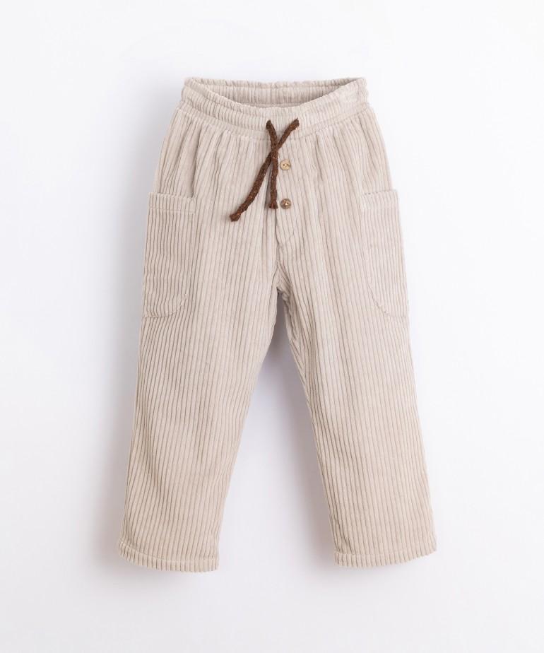 Pantalón de pana con bolsillos laterales