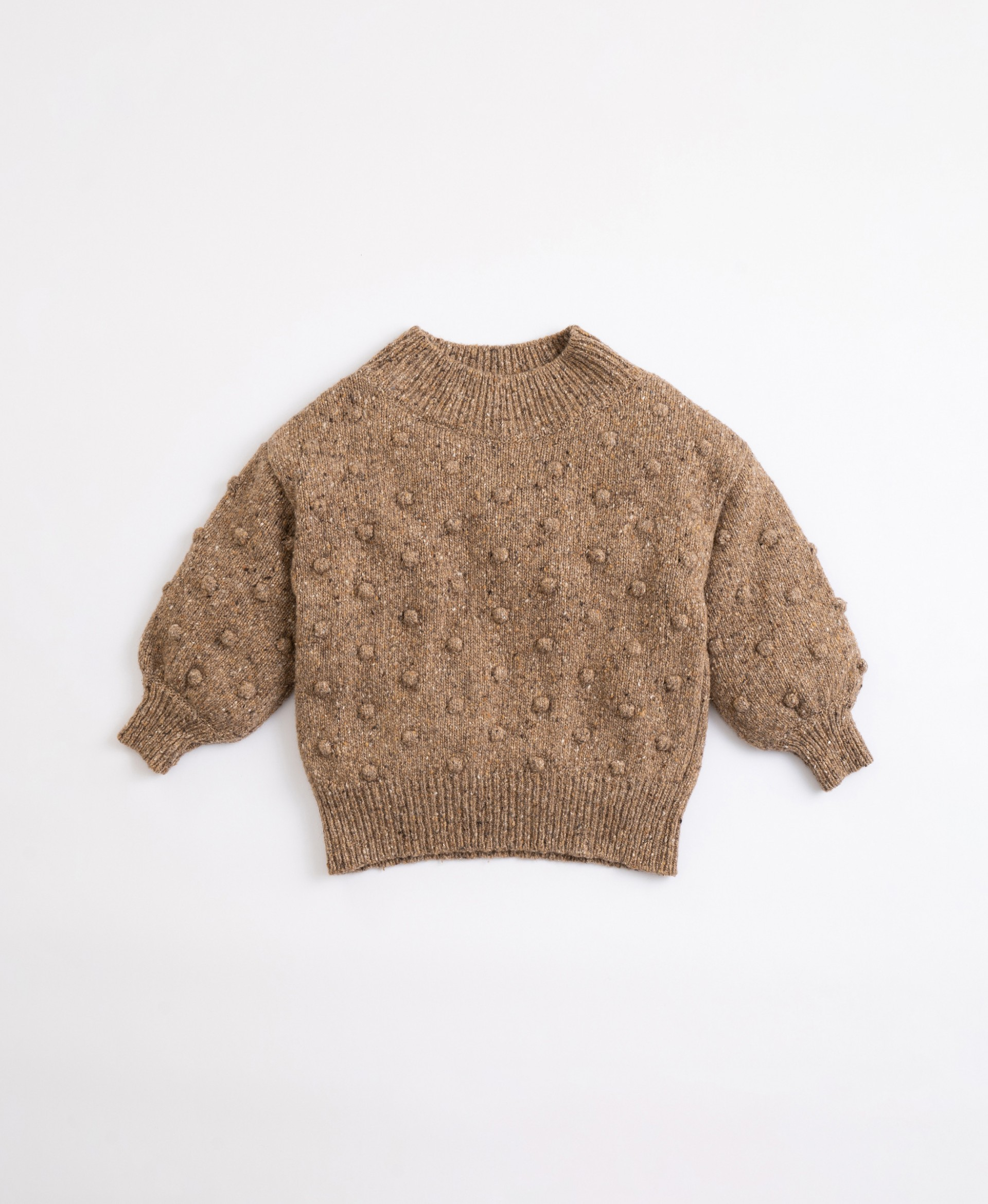Knitted jersey with recycled fibres | Illustration