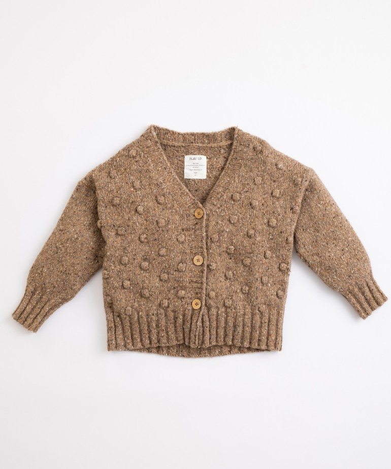 Chaqueta tricotada con cuello de pico