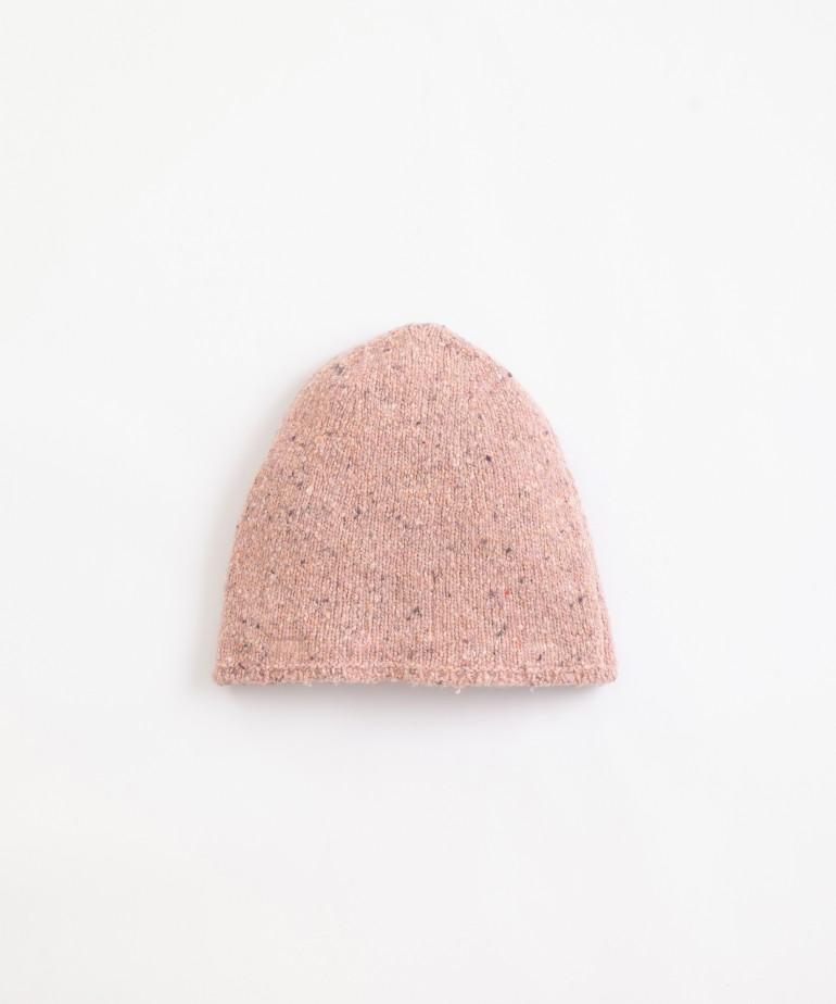 Gorro de punto tricotado