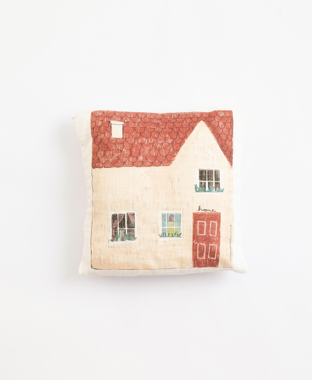 Pillow with illustration by Violeta Cor de Rosa | Illustration