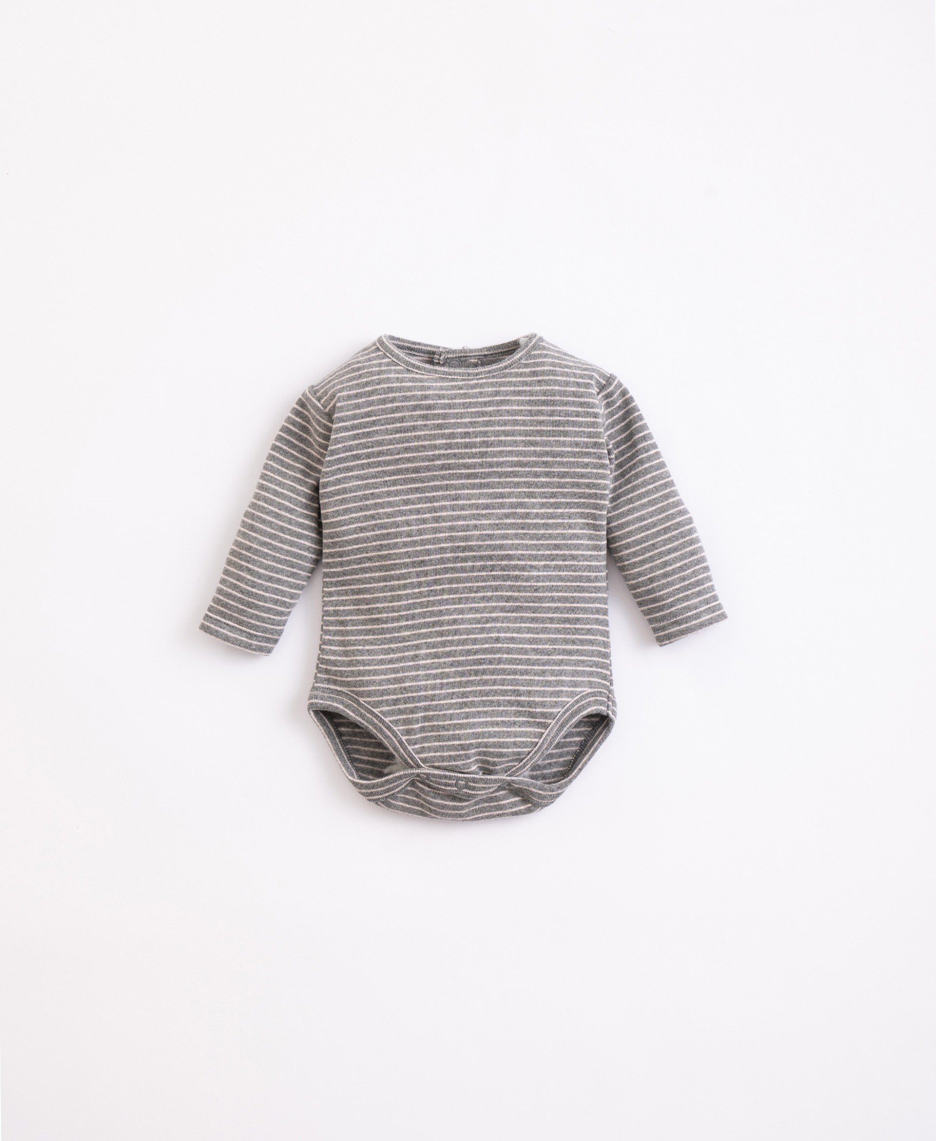 Body with recycled fibres and cotton | Illustration
