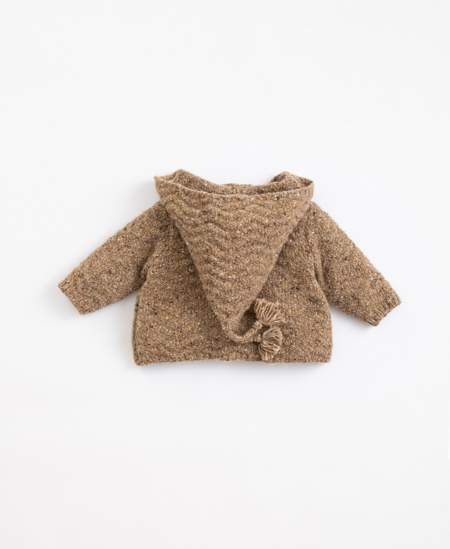 Casaco tricot com fibras recicladas e capucho  Illustration