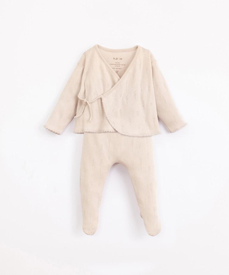 Conjunto com padrão ajour em algodão orgânico