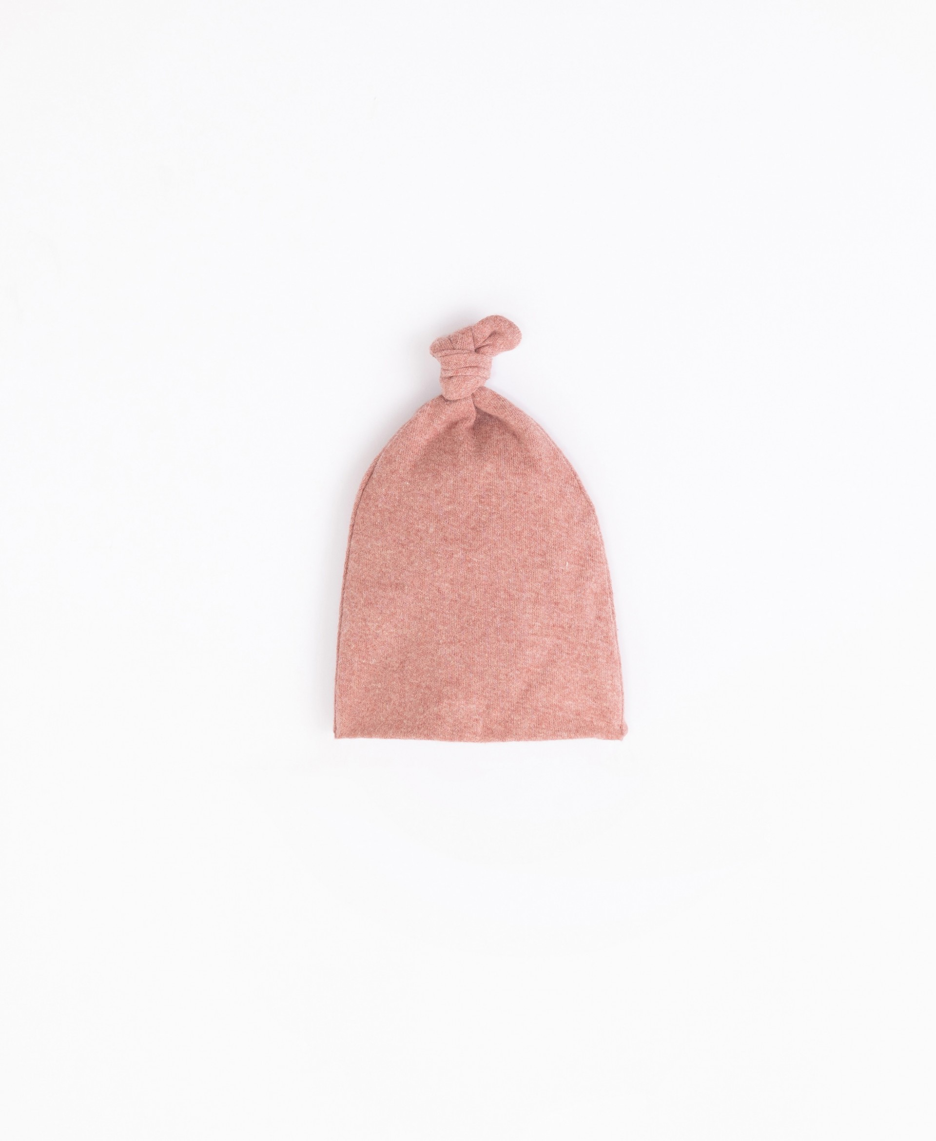 Beanie with a knot on top   Illustration