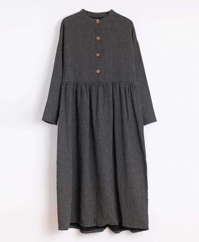Vestito in cotone con bottoni in cocco | Illustration