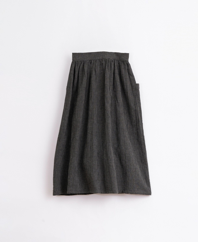 Falda de tela con bolsillos | Illustration