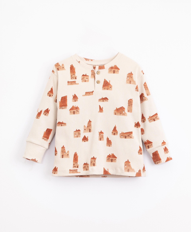 Pyjamas with houses print | Illustration