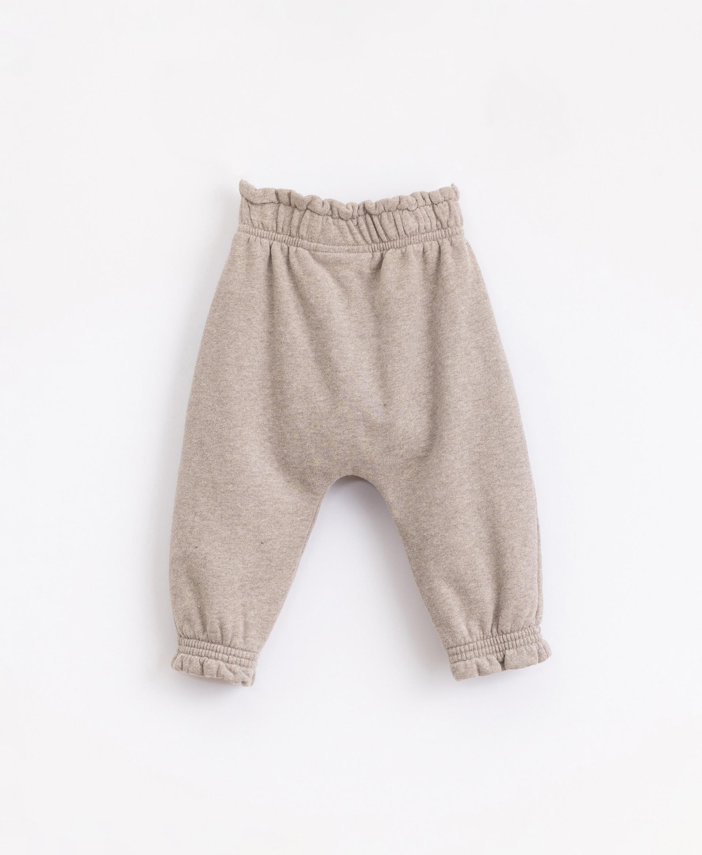 Pantaloni cardati | Illustration