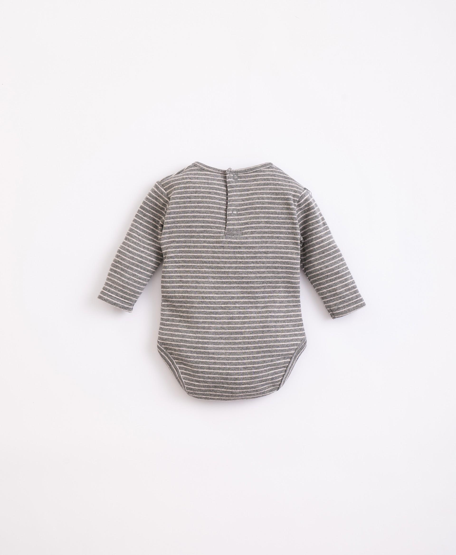 Body con fibras recicladas y algodón   Illustration